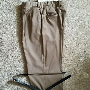 Mens Jos A Banks Dress Pants 36w 32l.